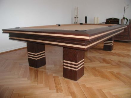 Bentley Snooker Table