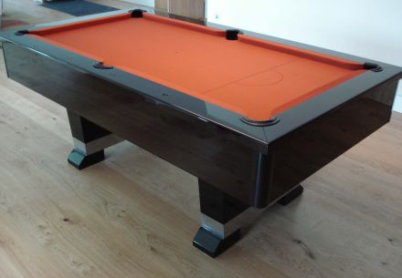 Bloom Pool Table