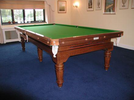 De'oro Snooker Dining Table