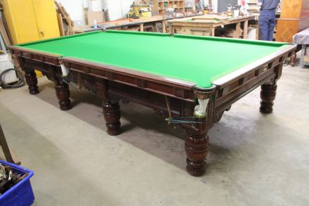Antique full-size snooker table