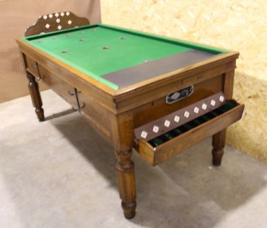 (M1005) Oak Bar Billiard Table