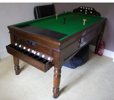 (M1060) Oak Bar Billiard Table