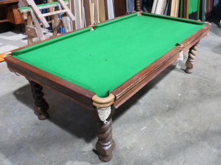 (M1201) 7 ft Oak Snooker Barley Twist Leg Convertible Diner