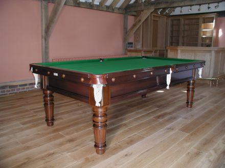 Mariti Snooker Table