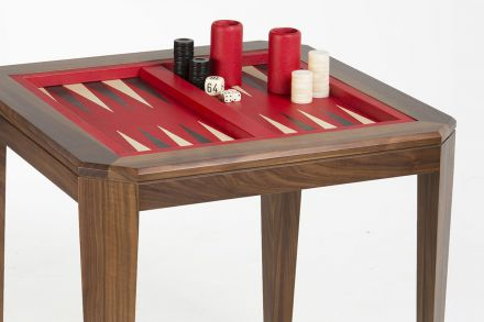 Backgammon Table