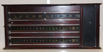 Mahogany snooker scoreboard