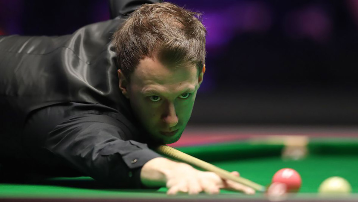 Judd Trump, with his eyes on the prize in the final of the Northern Ireland Open 2018.
