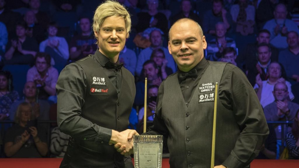 Neil Robertson and Stuart Bingham shake hands after Neil Robertson wins the 2019 Welsh Open final