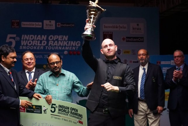 Selt holding the 2019 Indian Open trophy